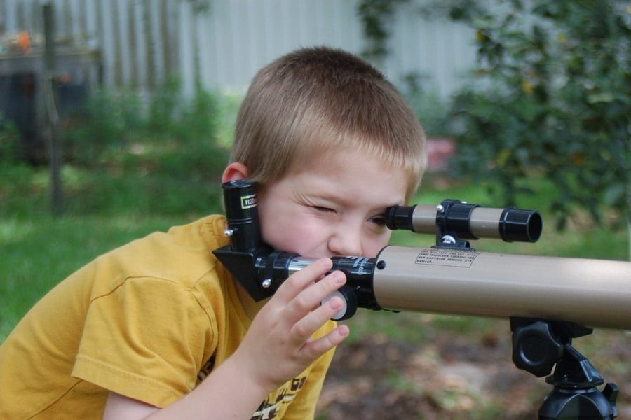 Best Telescope For Kids 2020: Expand Their View Of The Universe