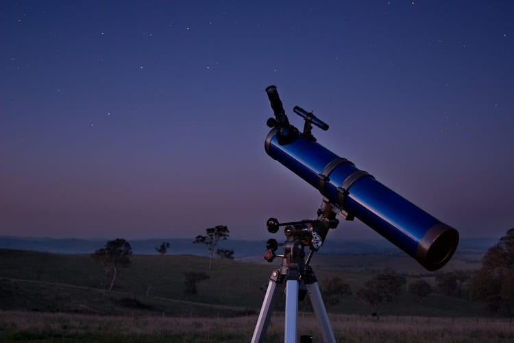 WHAT TO LOOK FOR IN A TELESCOPE FOR PLANET VIEWING?